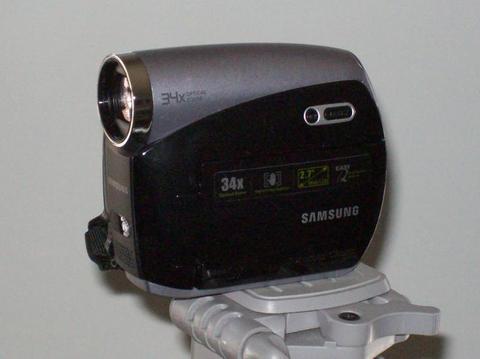 Samsung SC-D382 MiniDV Digital Camcorder - 34x Optical ...